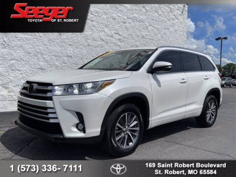 2018 Toyota Highlander for sale at SEEGER TOYOTA OF ST ROBERT in Saint Robert MO