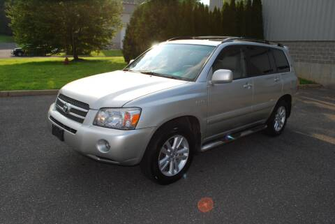 2006 Toyota Highlander Hybrid for sale at New Milford Motors in New Milford CT