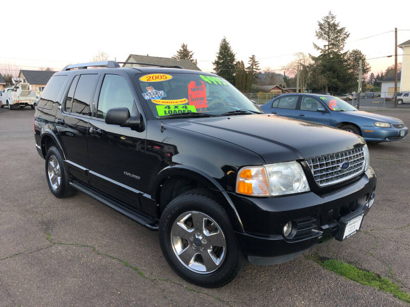 2005 Ford Explorer for sale at Freeborn Motors in Lafayette, OR