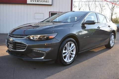 2018 Chevrolet Malibu for sale at Dealswithwheels in Inver Grove Heights/Hastings MN