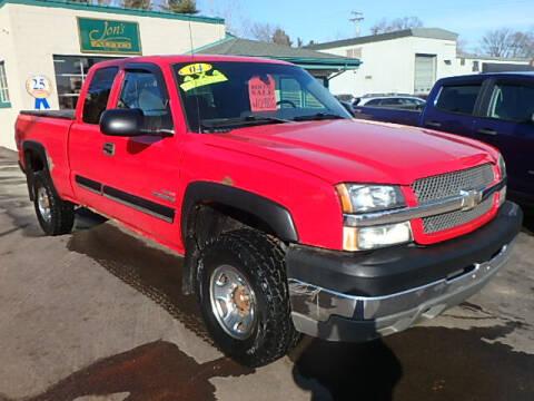 2004 Chevrolet Silverado 2500HD for sale at Jon's Auto in Marquette MI