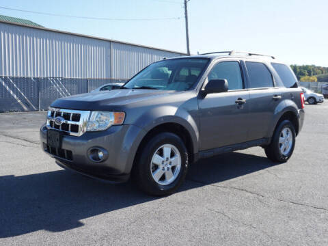 2009 Ford Escape for sale at CHAPARRAL USED CARS in Piney Flats TN