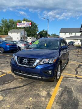 2018 Nissan Pathfinder for sale at Dream Auto Sales in South Milwaukee WI