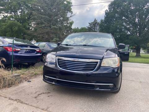 2011 Chrysler Town and Country for sale at 3M AUTO GROUP in Elkhart IN