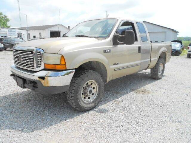 2000 Ford F-250 Super Duty for sale at David Hammons Classic Cars in Crab Orchard KY