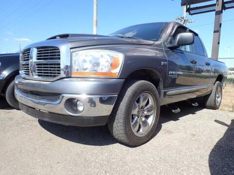 2006 Dodge Ram Pickup 1500 for sale at RPM AUTO SALES in Lansing MI