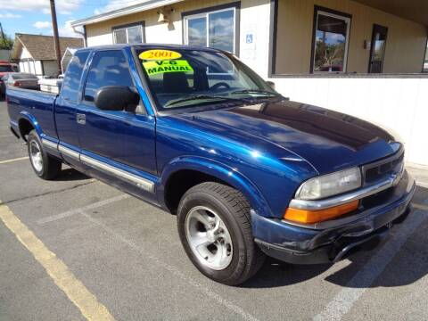 2001 Chevrolet S-10 for sale at BBL Auto Sales in Yakima WA