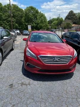 2017 Hyundai Sonata for sale at LAKE CITY AUTO SALES in Forest Park GA