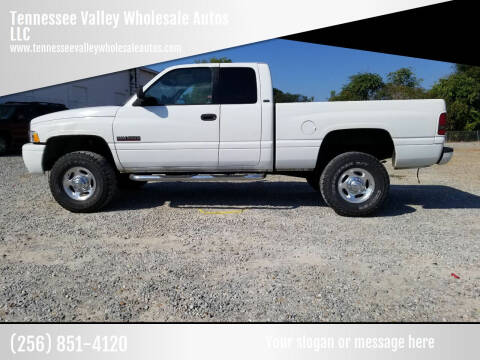 2002 Dodge Ram Pickup 2500 for sale at Tennessee Valley Wholesale Autos LLC in Huntsville AL