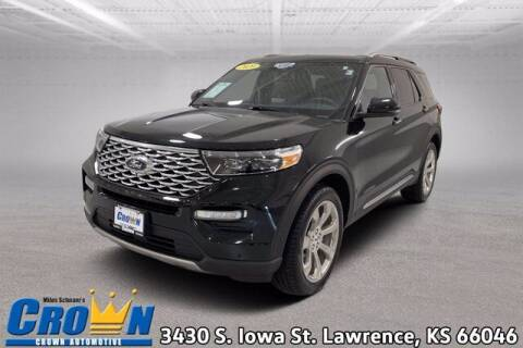 2020 Ford Explorer for sale at Crown Automotive of Lawrence Kansas in Lawrence KS