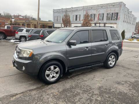 2011 Honda Pilot for sale at East Main Rides in Marion VA