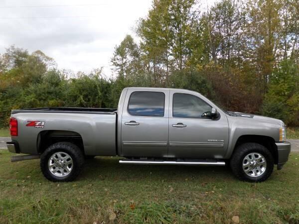 2014 Chevrolet Silverado 2500HD for sale at Apex Auto Sales LLC in Petersburg MI