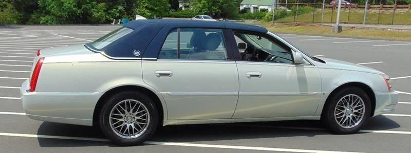 2009 Cadillac DTS Premium Luxury 4dr Sedan - Waterbury CT