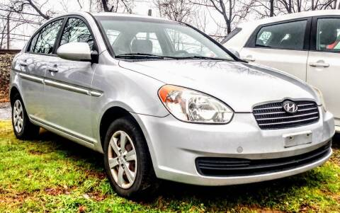 2009 Hyundai Accent for sale at Abingdon Auto Specialist Inc. in Abingdon VA