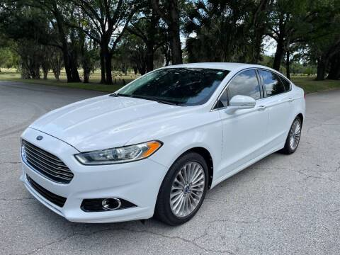 2013 Ford Fusion for sale at ROADHOUSE AUTO SALES INC. in Tampa FL