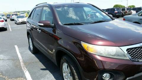 2011 Kia Sorento for sale at AFFORDABLE DISCOUNT AUTO in Humboldt TN