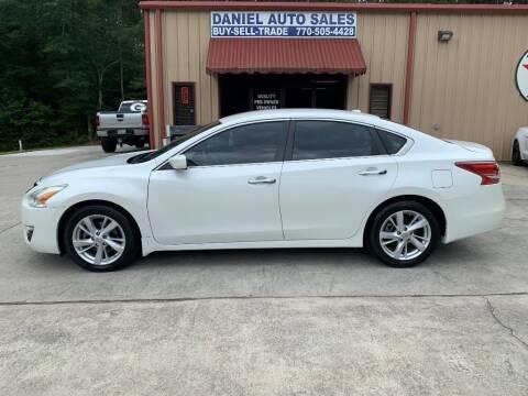 2013 Nissan Altima for sale at Daniel Used Auto Sales in Dallas GA