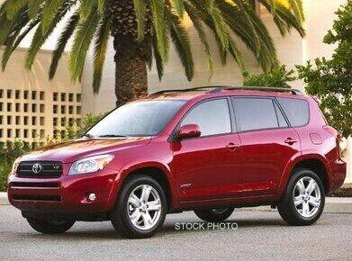 2006 Toyota Highlander for sale at DELTA TIRE CUSTOM AUTO SALES in Quincy IL