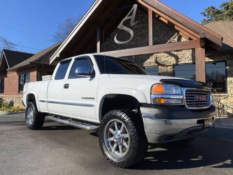 2002 GMC Sierra 2500HD for sale at Auto Solutions in Maryville TN