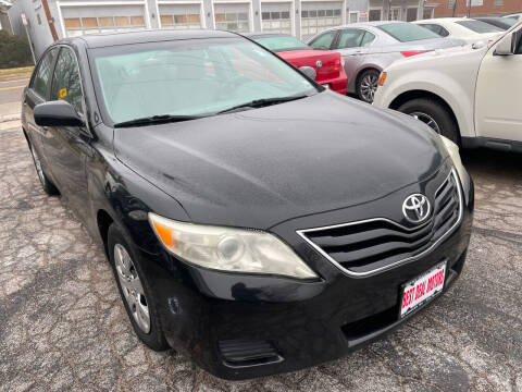 2011 Toyota Camry for sale at Best Deal Motors in Saint Charles MO