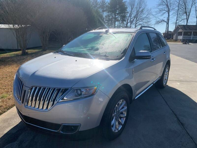 2013 Lincoln MKX for sale at Getsinger's Used Cars in Anderson SC