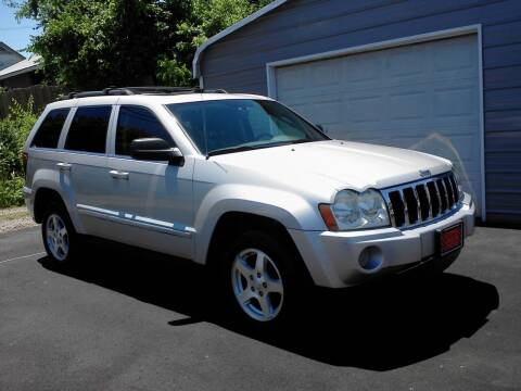 2005 Jeep Grand Cherokee for sale at Marty's Auto Sales in Lenoir City TN