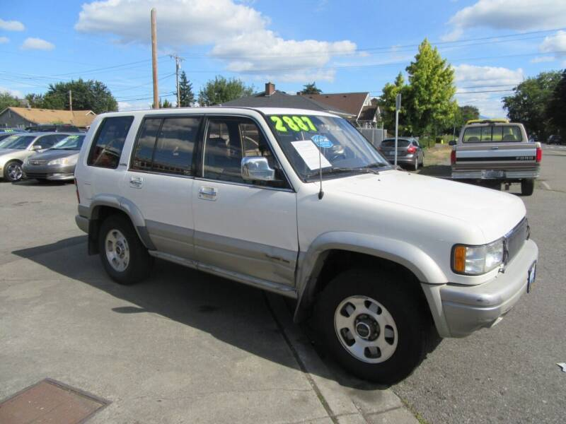 1996 Isuzu Trooper for sale at Car Link Auto Sales LLC in Marysville WA