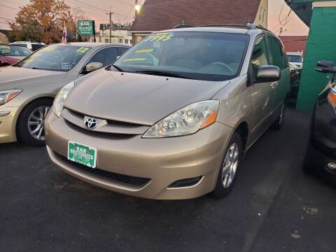 2006 Toyota Sienna for sale at Kar Connection in Little Ferry NJ