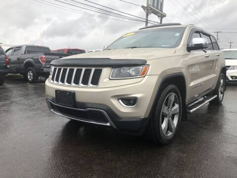 2014 Jeep Grand Cherokee for sale at Instant Auto Sales in Chillicothe OH
