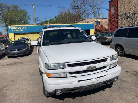 2003 Chevrolet Tahoe for sale at HW Used Car Sales LTD in Chicago IL
