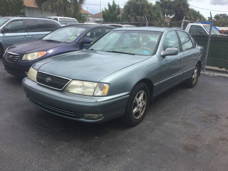 1998 Toyota Avalon for sale at CAR-RIGHT AUTO SALES INC in Naples FL