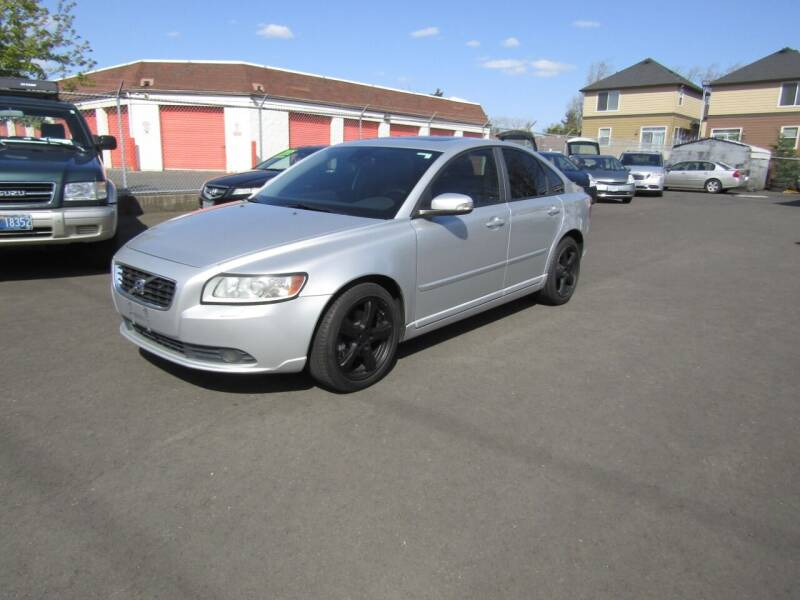 2009 Volvo S40 for sale at ARISTA CAR COMPANY LLC in Portland OR