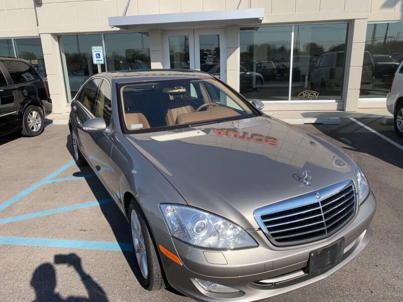 2007 Mercedes-Benz S-Class for sale at Evolution Autos in Whiteland IN