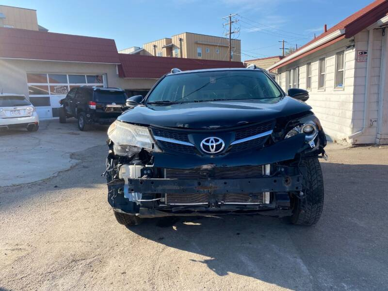 2013 Toyota RAV4 AWD XLE 4dr SUV - Denver CO