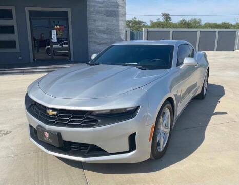 2019 Chevrolet Camaro for sale at A & V MOTORS in Hidalgo TX