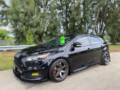 2016 Ford Focus for sale at Import Haven in Davie FL
