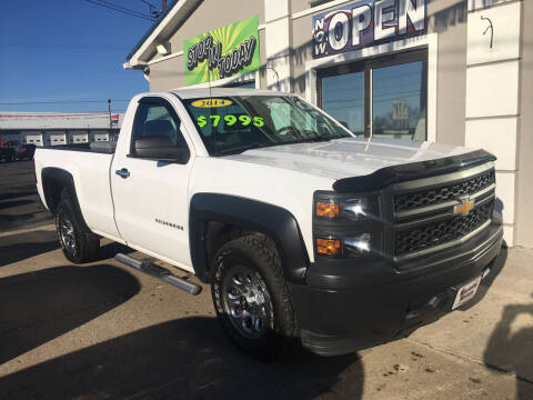 2014 Chevrolet Silverado 1500 for sale at MARIETTA MOTORS LLC in Marietta OH