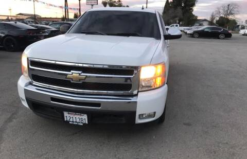 2011 Chevrolet Silverado 1500 for sale at First Choice Auto Sales in Bakersfield CA