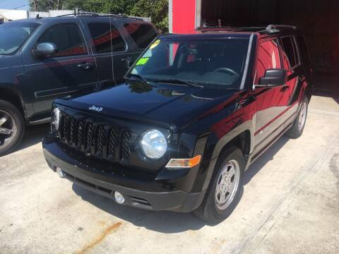 2016 Jeep Patriot for sale at PICAZO AUTO SALES in South Houston TX