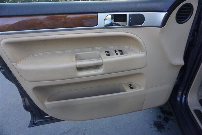 2008 Volkswagen Touareg 2 AWD VR6 FSI 4dr SUV - Fremont CA