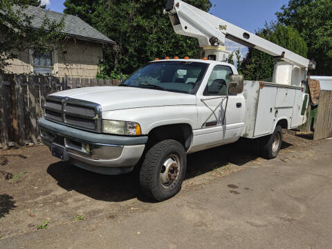 1998 Dodge Ram Chassis 3500 for sale at Teddy Bear Auto Sales Inc in Portland OR
