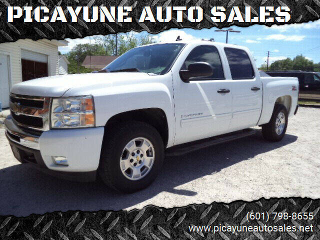2011 Chevrolet Silverado 1500 for sale at PICAYUNE AUTO SALES in Picayune MS