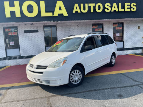 2004 Toyota Sienna for sale at HOLA AUTO SALES CHAMBLEE- BUY HERE PAY HERE - in Atlanta GA