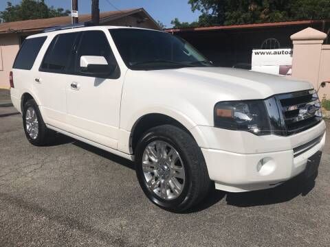 2012 Ford Expedition for sale at Auto A to Z / General McMullen in San Antonio TX