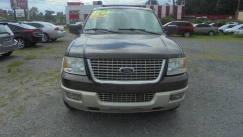 2006 Ford Expedition for sale at Auto Mart - Moncks Corner in Moncks Corner SC