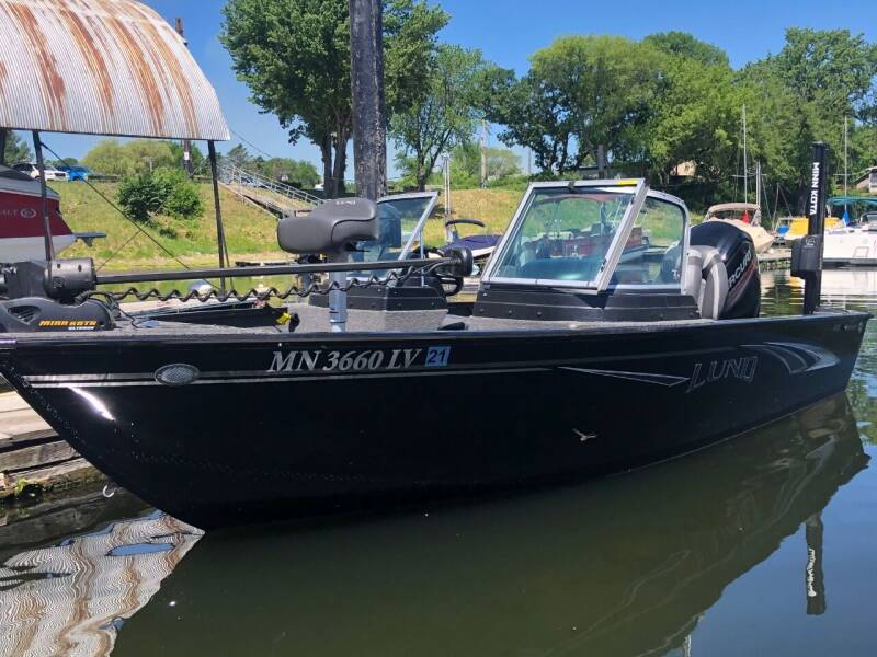 2019 lund Adventure 1775 for sale at Triple R Sales in Lake City MN