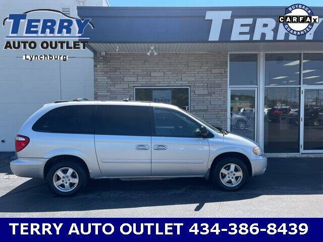 2006 Dodge Grand Caravan for sale at Terry Auto Outlet in Lynchburg VA