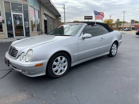 2002 Mercedes-Benz CLK for sale at Rick Herter Motors in Loves Park IL