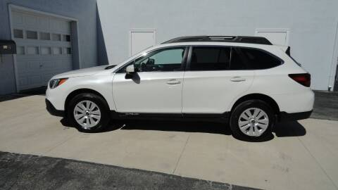 2017 Subaru Outback for sale at WRIGHT'S in Hillsboro KS