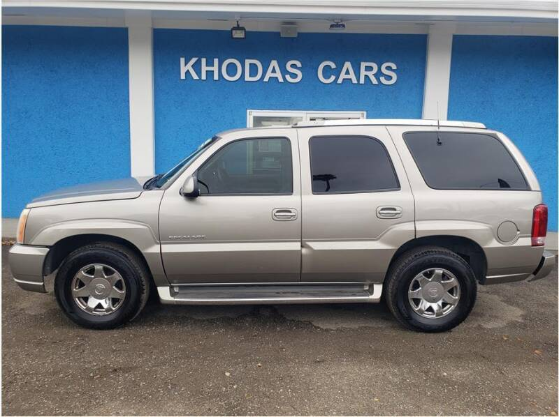 2002 Cadillac Escalade for sale at Khodas Cars in Gilroy CA